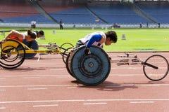 Der Frauen 100 Meter Rollstuhl-Rennen- Stockfotos