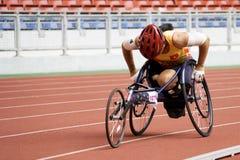 Der Frauen 800 Meter Rollstuhl-Rennen- Stockbild