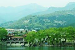 Der Fuß des Montierungtai-Parks Stockfotos