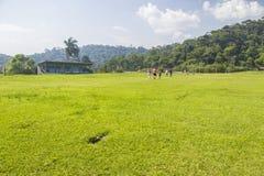 Der Fußballplatz von Paranapiacaba Stockfotos