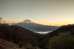 Der Fujisan an den Sonnenuntergangtagen Lizenzfreie Stockbilder