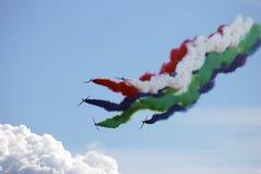 Der Fursan Al Emarat, ein aerobatic Team der Luftwaffe Vereinigte Arabische Emirates Lizenzfreies Stockbild