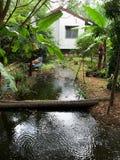 der Gartenhaushintergrund stockfotos