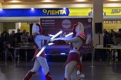 Der Geburtstag des Einkaufszentrums, des Konzerts und des Tanzens, Preis Lizenzfreies Stockbild
