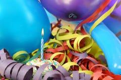 Der Geburtstag des Jungen lizenzfreies stockfoto