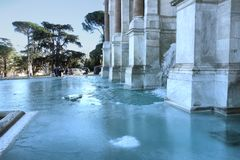 Der gefrorene Brunnen Acqua Paola Stockbilder