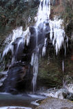Der gefrorene Wasserfall Lizenzfreie Stockfotografie