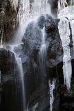 Der gefrorene Wasserfall Stockfoto