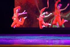Der Geist ` s Kinder des Feuer Peking-Tanz-Hochschulder ordnenden Tests unterrichtenden Leistungsausstellung Jiangxi hervorragend Stockbilder