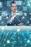 Der Geschäftsmann in blockchain cryptocurrency Konzept Stockbilder