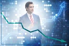 Der Geschäftsmann im Handels- und Finanzkonzept lizenzfreies stockfoto