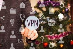 Der Geschäftsmann wählt VPN auf dem Touch Screen, der Hintergrund Lizenzfreie Stockfotografie