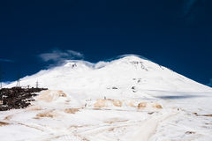 Der Gipfel vom Elbrus Stockbilder