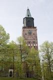 Der Glockenturm der Hauptkathedrale in Finnland Stockbild