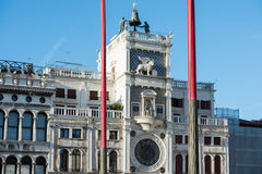 Der Glockenturm in Quadrat Sans Marco Stockbilder