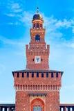 Der Glockenturm von Sforza-Schloss, Mailand Lizenzfreie Stockfotos