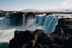 Der Godafoss-Wasserfall lizenzfreie stockfotografie