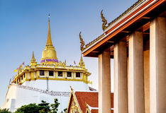 Der goldene Berg bei Wat Saket, Bangkok, Thailand Lizenzfreies Stockbild