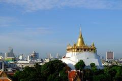 Der goldene Berg an Saket-Tempel Lizenzfreies Stockbild