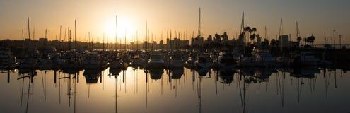 Der goldene Jachthafen Stockfoto