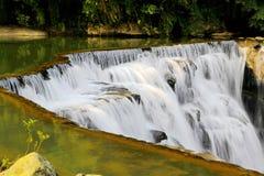 Der größte Wasserfall in Taipeh, Taiwan Lizenzfreie Stockfotos