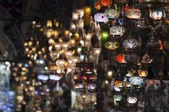 Der großartige Basar, einer des ältesten Einkaufszentrums in der Geschichte Dieser Markt ist in Istanbul, die Türkei stockbilder