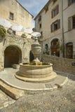 Der großartige Fontaine, Heiliges Paul de Vence, Frankreich Lizenzfreies Stockbild