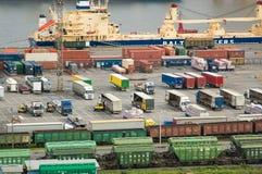 Der große Hafen St Petersburg, Vogelperspektive Lizenzfreie Stockfotos