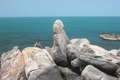Der großväterliche Felsen mit Siam in Samui-Insel in Thailand Stockfotografie