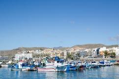 Der Hafen bei Arguineguin bei Gran Canaria Stockfotos
