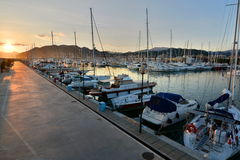 Der Hafen bei Sonnenuntergang Lavagna Ligurien Italien Stockbilder