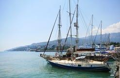 Der Hafen von Jalta Stockfoto