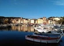 Der Hafen von Provence lizenzfreie stockfotos