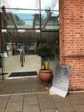 Der Haupteingang zu historischem GreyFriars-Hotel, Colchester, Großbritannien Lizenzfreie Stockbilder