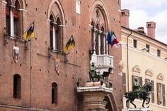 Der HauptMarktplatz von Ferrara Italien Stockfotos