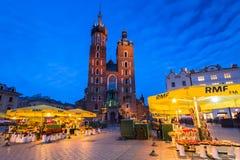 Der Hauptplatz der alten Stadt in Krakau Lizenzfreies Stockfoto