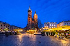 Der Hauptplatz der alten Stadt in Krakau Stockbilder