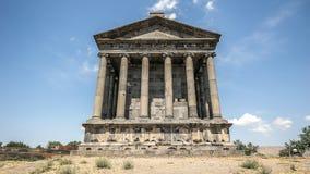 Der heidnische Tempel und die Ruinen der Festung im Dorf von Stockfotos