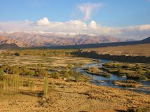 Der Himalaja gesehen von Kaschmir lizenzfreies stockbild