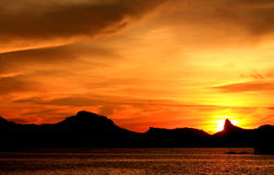 Der Himmel in Flammen Lizenzfreies Stockfoto