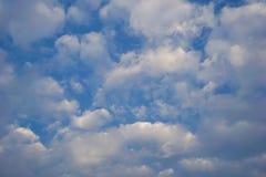 Der Himmel morgens, das Konzept des neuen Morgens Stockbilder