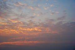 Der Himmel morgens, das Konzept des neuen Morgens Stockfotografie