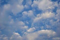 Der Himmel morgens, das Konzept des neuen Morgens Stockbild