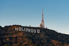 Der Hollywood-Schriftzug bei Sonnenuntergang stockfoto