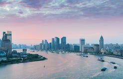Der Huangpu-Fluss Biegung am frühen Morgen Stockfotos