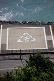 Der Hubschrauber-Landeplatz durch das Wasser Lizenzfreie Stockfotografie