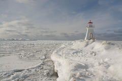 Der Huronsee-Leuchtturm im Winter Lizenzfreie Stockfotografie