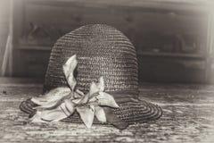 Der Hut der antiken Frau Stockbild