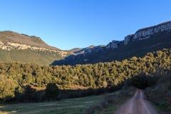 Der imponierende Berg des Weges durch EL weit Stockfoto