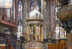 Der Innenraum der Duomo-Kathedrale Lizenzfreie Stockfotos